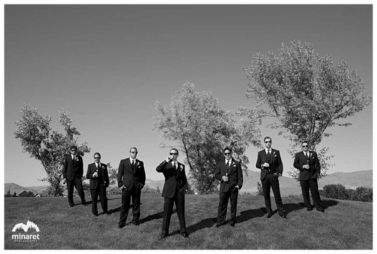 outdoor wedding in reno nevada at the wolf run golf club at the base of the sierra nevada mountains